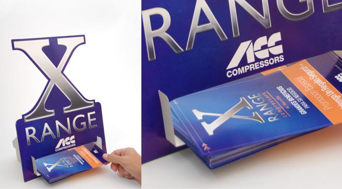 """Campaña \""""X Range\"""". Diseño y producción de expositores \""""take one\"""""""