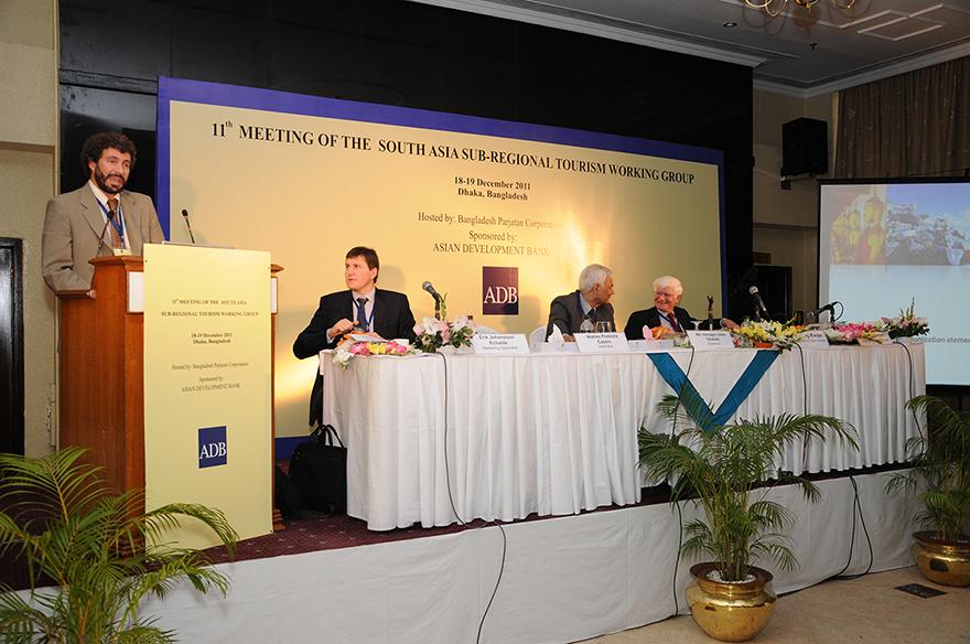 Presentación del proyecto en el Foro de Dhaka, Bangladesh